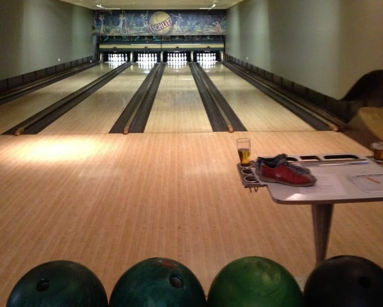 southport lanes date spot chicago