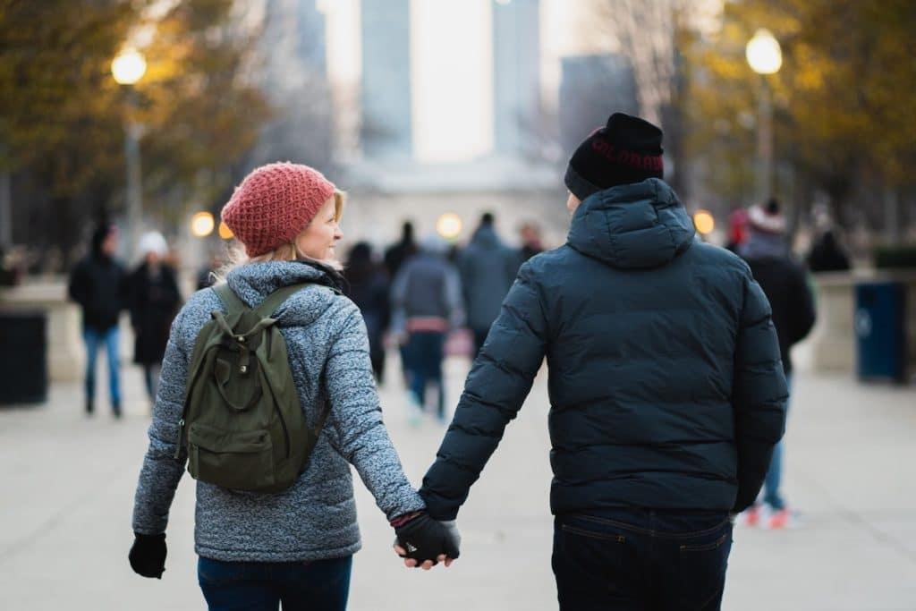 dating during divorce for men